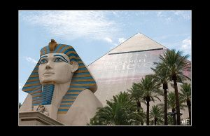 (images:OvertheExcellence/flickr Luxor