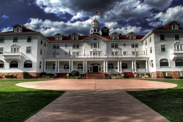 Something S Shining At The Stanley Hotel Ghost Stories