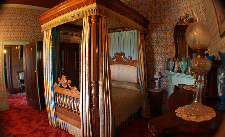 A photo showing the inside of a room at the Monte Cristo Homestead