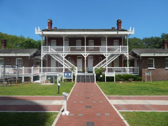 A photo of the keeper's quarters at St. Augustine Lighthouse