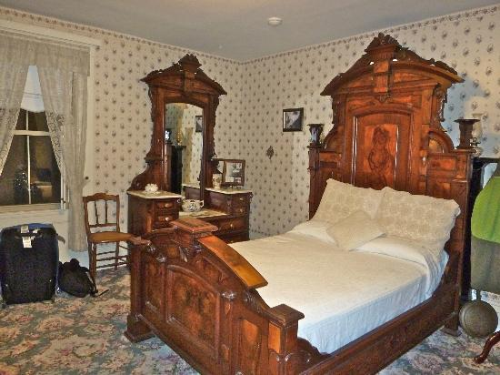 The room at the Lizzie Borden House where the stepmom was killed
