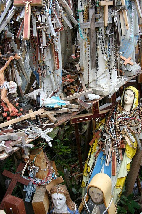 A photo showing a stall of a vendor at the Hill of Crosses