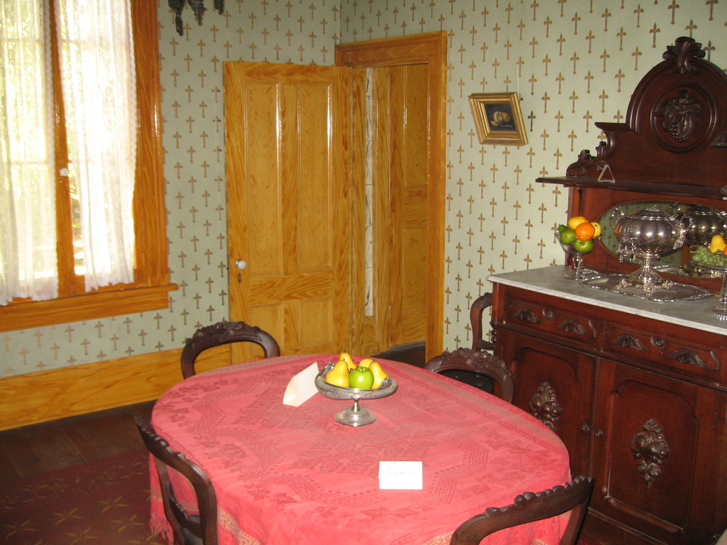 The dining room at the Whaley House
