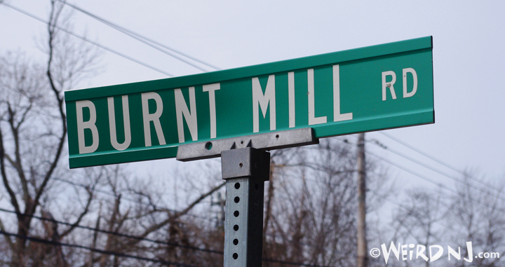 A snap of the Burnt Mill Road sign in Pine Barrens