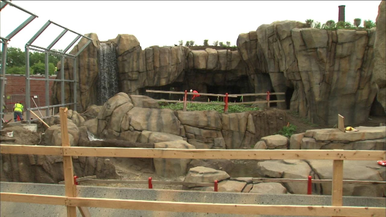A photo of a major renovation at the Lincoln Park Zoo