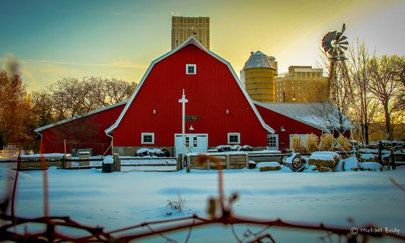 A photo of the barn at the Lincoln Park Zoo