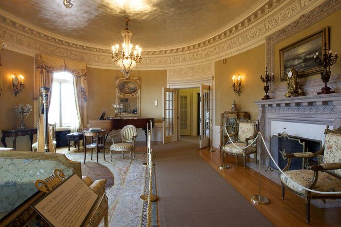 One of the photos showing the inside of Pittock Mansion