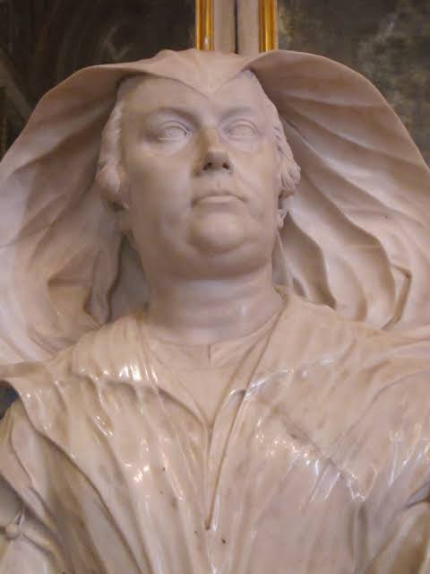 A bust of Dame Olimpia