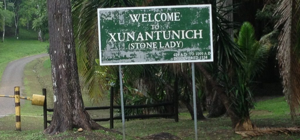A sign at the entrance of the Xunantunich Archaeological Reserve