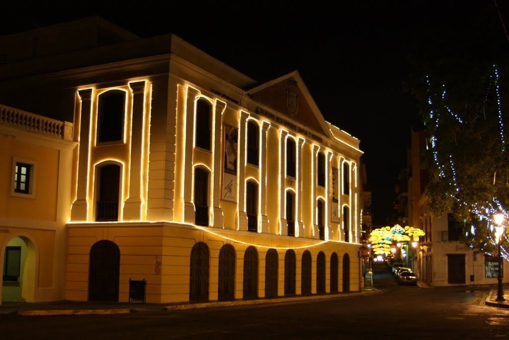 Outside Teatro Tapia at night