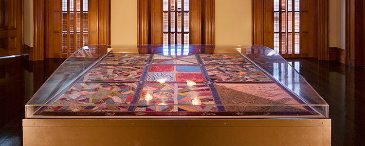 The quilt that Queen Lili 'uokalani did during her imprisonment at the 'Iolani Palace