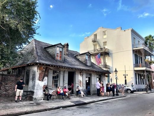 Many guests outside Lafitte's Blacksmith Shop