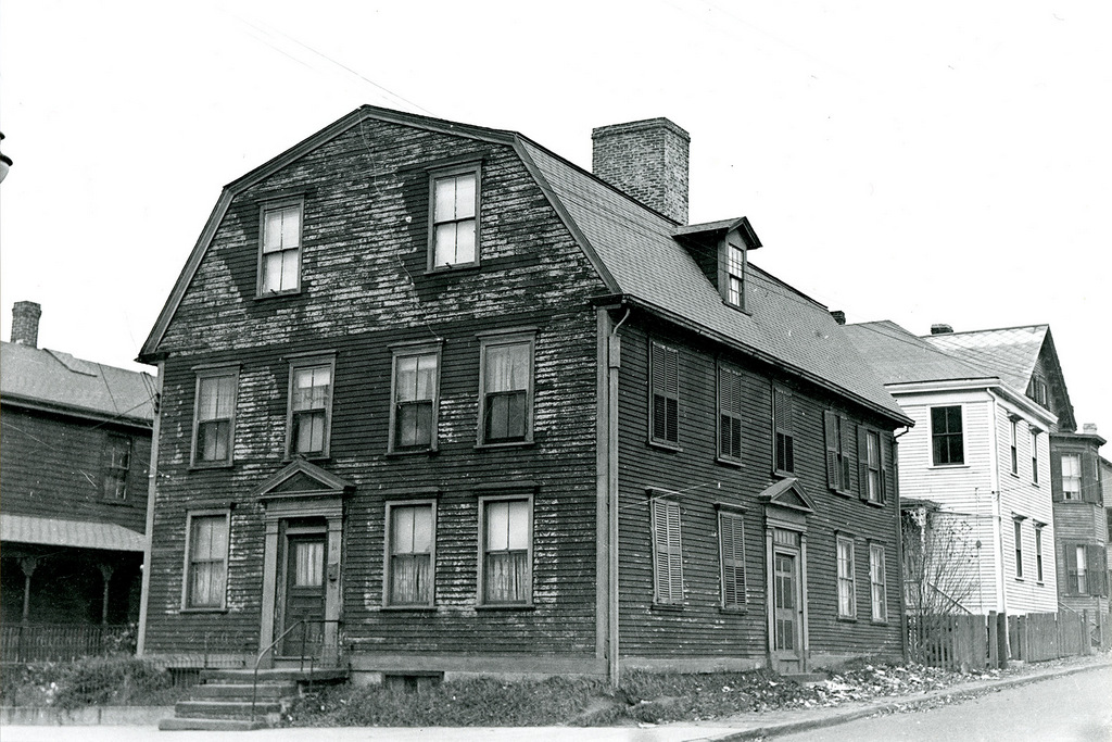 An old photo of the White Horse Tavern