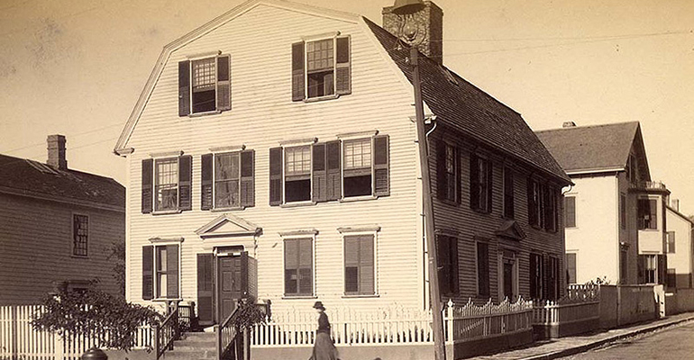 Another old photo of the White Horse Tavern