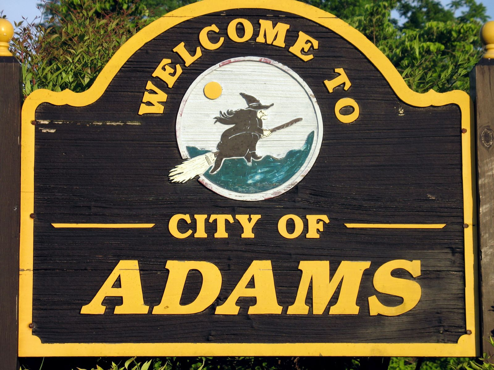 A welcome sign to the city of Adams in Tennessee