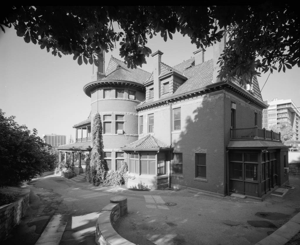 An old photo of the Alfred McCune Home