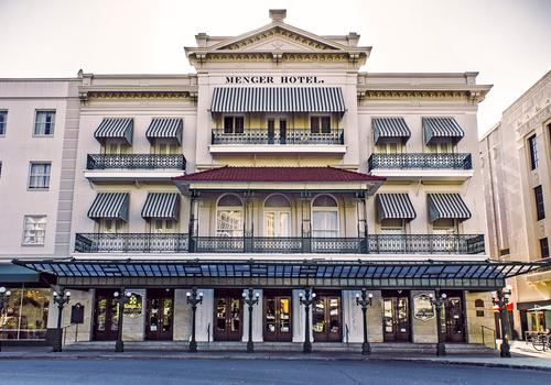 How the Menger Hotel looks from the outside