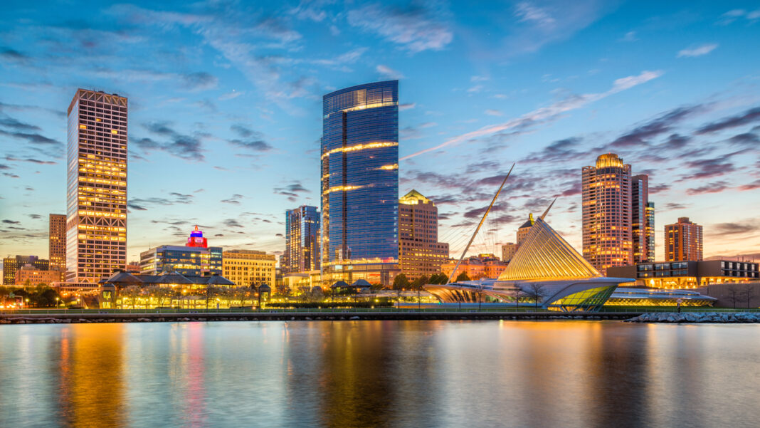 A scenic photo of Milwaukee, Wisconsin